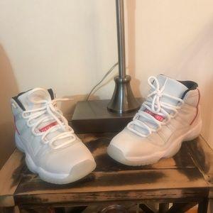Jordan 11s platinum tints